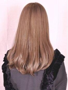 """フォルカ ドゥ ヘアドレッシング(FORCA deux hairdressing)の写真/【今話題!""""THROW(スロウ)カラー""""取扱いサロン♪】徹底的に赤みを排除した外国人風にしたい方にオススメ♪"""