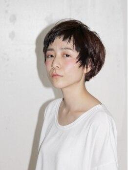 """サリュー(Salut)の写真/キレイなカットラインが好評!!経験豊富なスタイリストが、""""アナタだけ""""のショートヘアを作り上げます。"""