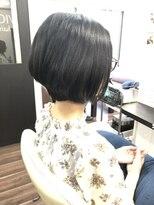 ヴィオレッタ ヘアアンドスペース(VIOLETTA hair&space)グラデーションボブ×ブラック×ツヤ感[塚口美容室]