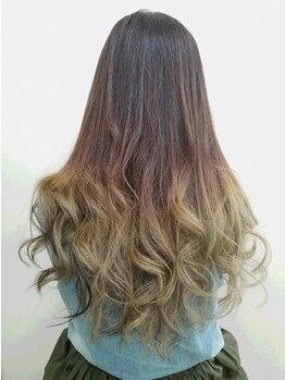 """ヘアメイク イチゾー 高野店(Hair Make ICHIZO)の写真/話題のイルミナカラーはICHIZOで♪光を閉じ込めたような透明感のあるカラーで、""""なりたい""""自分に近づく♪"""