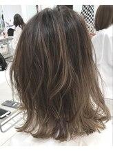スピンヘアワークス(Spin Hair Works)【松本侑也】ヌーディーベージュ