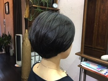 フーラージュ(Foulage.)の写真/ナチュラル志向の大人女性から高い支持♪天然由来の上質な植物カラーで髪にも頭皮にも優しく!!