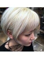 コレット ヘアー 大通(Colette hair)ホワイト×ブリーチ×ボブ