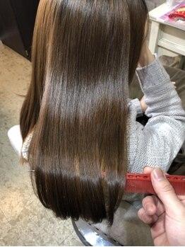 リープリング ヘアーデザイン(Liebling HAIR DESIGN)の写真/【髪質改善トリートメント】髪や頭皮に優しいこだわりの薬剤を厳選◎ダメージヘアも指通りなめらかな美髪へ