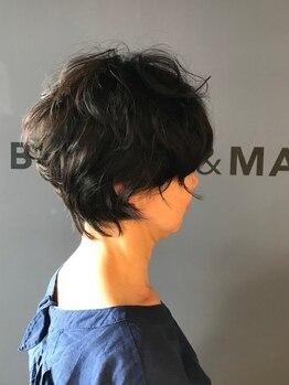 ビスヘアアンドメイク(BIS hair&make)の写真/クセを活かす、又は気にならなくなるカット技術で悩みを個性や魅力に変える☆BISのカット