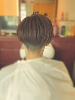 ワンポイント(ONE POINT)レディース刈り上げショートヘア