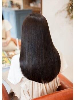 ヴェルム ヘア デザイン(Velum.HAIR DESIGN)の写真/システムトリートメントで髪本来の柔らかさ・艶を取り戻す・・☆内部からしっかりと補修して健康な髪へ♪