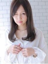 アグ ヘアー エスタ 浜大津店(Agu hair esta)☆センターパートが上品さを演出するセミロングヘア☆
