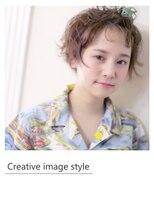 ヴェローグ シェ ブー(belog chez vous hair luxe)【Creative image styel】ショートパーマのピンアレンジ