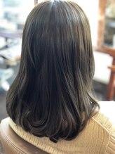 ヘアースペース サイ(Hair Space SAI)艶系グレーアッシュ