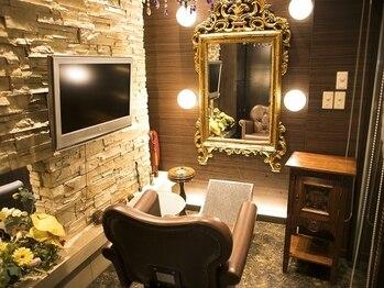 バーチュー(virtue)の写真/完全個室を完備!テレビ・iPad・映画・ドラマも見れるプライベート空間☆人目を気にせず施術可能♪
