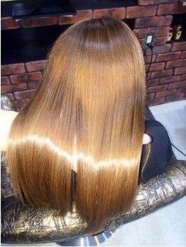タイズ 渋沢店(ties)の写真/【D.H TREATMENT導入!!】誰もが求めていた美髪に近づく!!全MENUに組み合わせ可能なTRシステム☆[髪質改善]