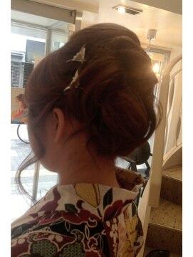花火大会&夏祭り浴衣髪型 着物×夜会巻き×変形アレンジ