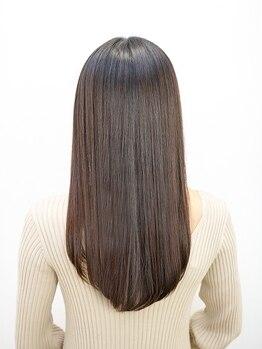 オーブ ヘアー ロリー 秋田大曲店(AUBE HAIR rory)の写真/髪の悩みを解消!!クセが気になる方は、毛先まで自然なストレートを創るAUBE HAIRの縮毛矯正で美髪に♪