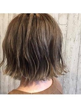 ヘアーワークスロジカ(hair works LOJICA)の写真/カラーで失敗したくない方必見☆SNSで話題の透明感カラーやハイライトなどの最先端styleならLOJICAにお任せ