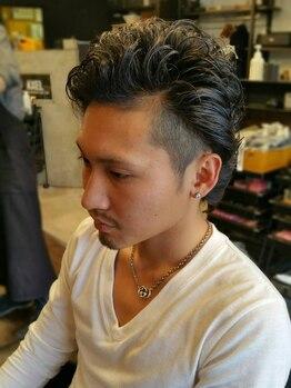 アクセル(AXEL)の写真/人気MENU【カット+パーマ】でスタイルチェンジ!メンズヘアのスペシャリストにお任せ!お得なクーポン有◎