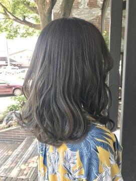 ヘアルーム キキョウ(hair room Kikyo)ブルージュ×シークレットハイライト