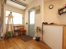 美容室 ウェーブ(WAVE)の雰囲気(グリーンが多いリラックス空間♪♪やさしさに溢れたサロンです。)