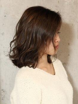 ヘア カラー ポート(Hair Color PORT)の写真/髪や地肌に優しく、刺激臭もカット☆大人女性にも人気のダメージレスな褒められ髪を手に入れて♪