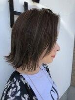 ハロ (Halo hair design)王道スタイル「ボブ」×「外ハネ」×「ウェット感」