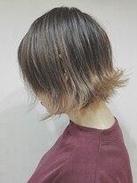 ゴッサムヘアー(Gotham Hair)外ハネショートボブ