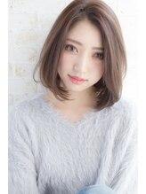 ラヴィエール(LAVIERE by R-EVOLUT)【LAVIERE】ラフな抜け感可愛い☆小顔ミディボブ 西村