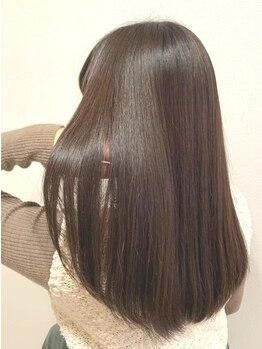 ゲリール ヘア プラス ケア(guerir hair+care)の写真/クセや髪質を見極めてあなたにぴったりのストレートをご提案…♪ナチュラルで柔らかな仕上がりに満足度◎