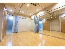 ビューティーサロン タナカ 新宿小田急ハルク店(Beauty Salon TANAKA)の雰囲気(着付室も完備しております。)