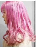 アルゴンキントウキョウ(THE ALGONQUIN TOKYO)ファッションピンクで目立ちカラー★