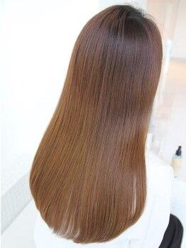 ビームズ 御器所店(Bee-ms)の写真/《Aujua取扱い》すればするほど髪質が良くなる内部補修トリートメント。クセやまとまらない髪の悩みも解決!