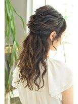 ソラ ヘアデザイン(Sora hair design)華やかにみえる ヘアアレンジ