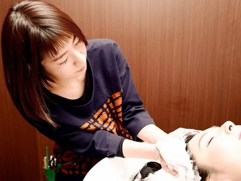 イロハ(I RO HA)の写真/【専用個室あり☆】頭皮の状態や髪質に合わせて最適なメニューをご提案。疲れも忘れられる贅沢な時間を…♪