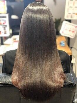 髪質改善ヘアエステ ライフ(LIFE)の写真/【髪質改善】にこだわったサロン独自のオーダーメイドの栄養調合でくせ毛やうねりのお悩みもこれで解決☆