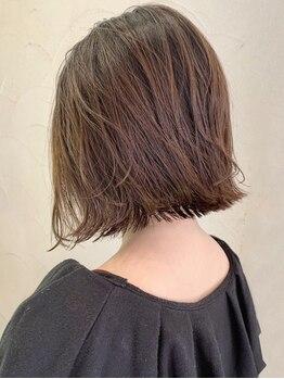 クオール(Quol)の写真/オーガニックカラーで髪に優しく、低刺激に染め上げる♪頭皮につかない『ゼロテク』もオススメです!