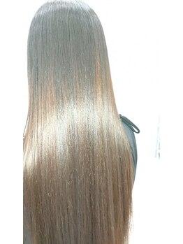 ノエル(noel)の写真/美しいきれいな髪は無理をしていません。過度のパーマやヘアカラーは髪をボロボロにし、美しさを奪います。