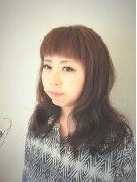 ヘア デザイン スタイリー(Hair Design stylee)短めバングstylee