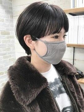ナヌーク(nanuk)【nanuk*UEKI】大人かわいい耳かけマッシュショート
