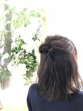 ヘアストーリー レオ(Hair Story RE:O)外国人風カラー。ゆるふわセット