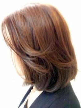 """ストロボヘアー(Stro Bo hair)の写真/【女性スタイリストが親身に対応♪】""""あなたに似合う&もっと輝く""""を提案するカウンセリング重視サロン◎"""
