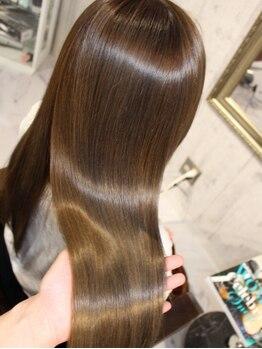 エデン トリートメントサロン 難波店(EDEN)の写真/【M3D特許技術ライセンス所有正規店】髪のエステで圧倒的な美髪トリートメント!ヘッドスパで頭皮ケアも◎