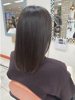 """ジュネス ヴァルディ(Jeunesse valdi)の写真/【千里山◆徒歩1分】""""保湿""""や""""ハリ・コシ""""も叶えるグレイカラー!暗すぎないナチュラルな艶感ある髪へ♪"""