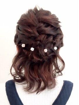 結婚式 髪型 ショートボブ ヘアアレンジ ショート×編み込みハーフアップ