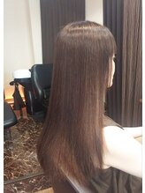 髪質改善サロン リーフ(Leaf)まっすぐしすぎない!ツヤ重視の縮毛矯正。