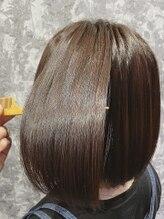 カフノリカ(Cuffnorika)丸みのある内巻き縮毛矯正から2ヶ月後、劣化無し。