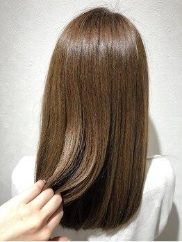 サロン ド ラクサージュ(salon de Luxage)の写真/5年後、10年後もずっと綺麗でいる為に…【質感改善トリートメント】で自信の持てる美髪へ…♪