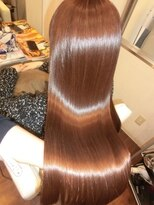 ペシェ (Peche)髪に必要な栄養を与えながらカラーしましょう!