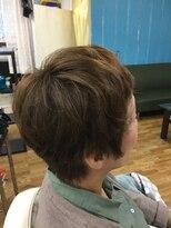 美容室エルカミノクセっ毛を生かしたベリーショート