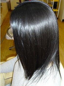 ラピスるりの写真/絡まり,パサつき,切れ毛…そんな髪悩み全部解決!!カット技術とこだわり抜いた薬剤で美髪へ導きます◎