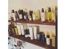ライブリビングヘアワークス(Live Living Hair Works)の雰囲気(当店の使用する薬剤に対してベストなケア商品も販売してます)