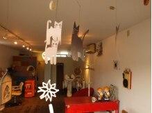ミニーノ(minino)の雰囲気(ネコ好きのオーナーさんなので、ネコモチーフが店内にたくさん♪)